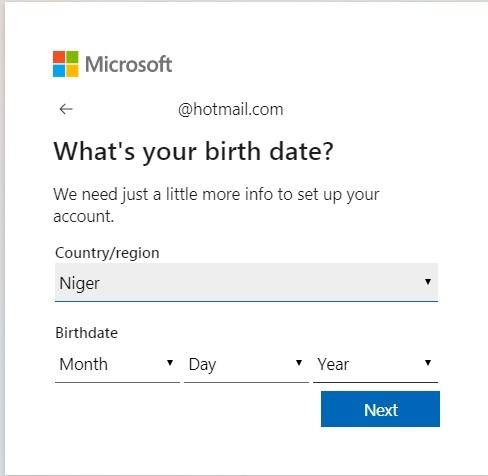 تعبئة تاريخ الميلاد للتسجيل في هوتميل Hotmail